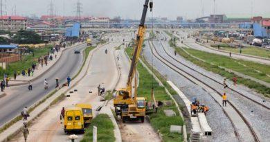 Nigeria : Buhari annonce sept milliards de dollars pour le rail, la reconstruction du Nord et la sécurité sociale