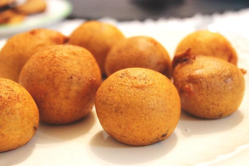 Beignets sucr s beignets souffl s appellation camerounaise - Recette beignet levure de boulanger ...
