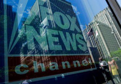 CNN reçoit le soutien de Fox News dans sa plainte contre la Maison Blanche