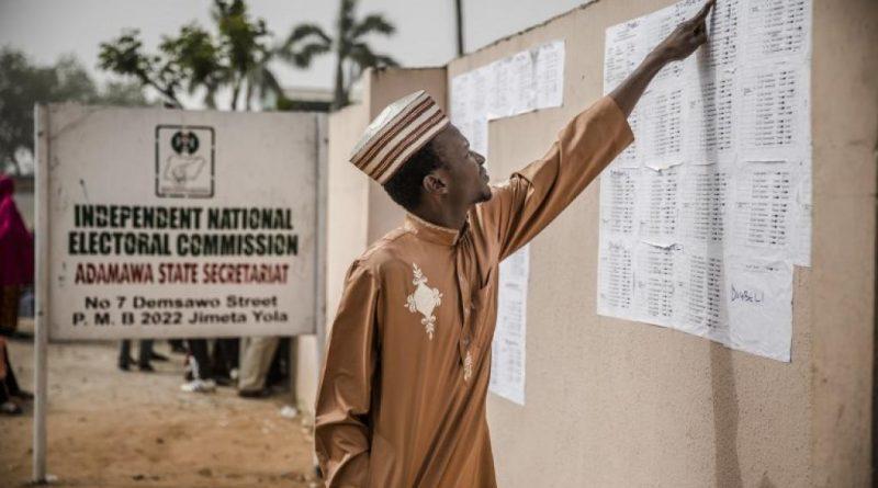 Présidentielle nigériane: la pression s'accroît sur la Commission électorale