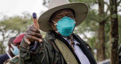 Museveni déclaré vainqueur de la présidentielle en Ouganda