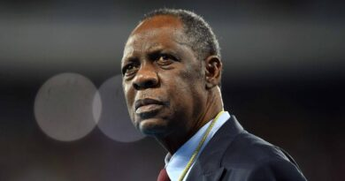 FIFA : suspension d'un an pour Issa Hayatou, ancien président de la CAF