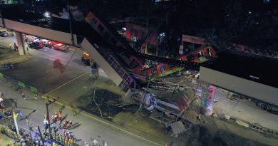 Mexique: la colère des habitants de Mexico après l'effondrement du métro aérien