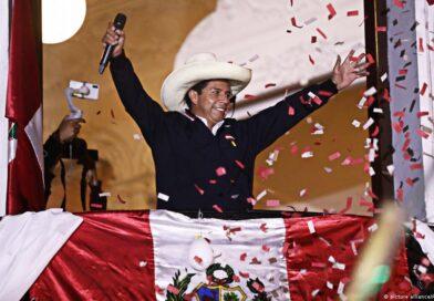 Pedro Castillo s'apprête à prendre la tête d'un Pérou polarisé et en pleine crise